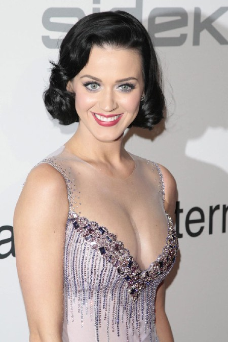 Katy Perry Farts a Lot